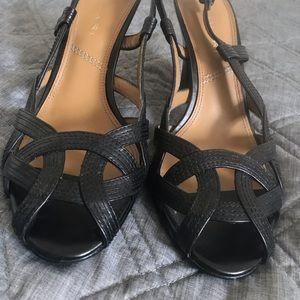 Tahari black sandals